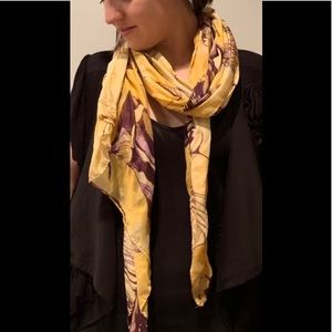 Accessories - Women's Yellow and Purple Scarf🧣